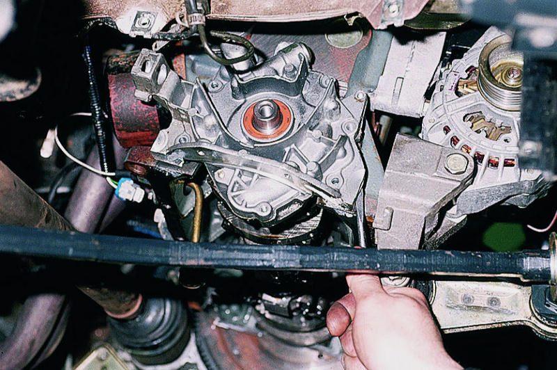 Расположение масляного насоса на ВАЗ 2110–12