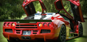 SSC Ultimate Aero вид сзади
