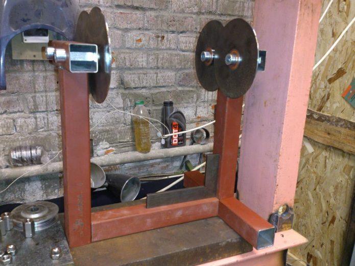 Самодельный стенд для балансировки колёс