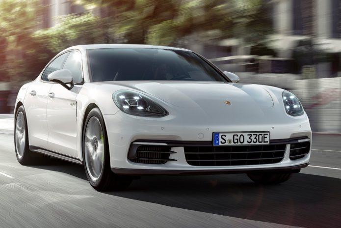 Заряженная версия Porsche Panamera GTS