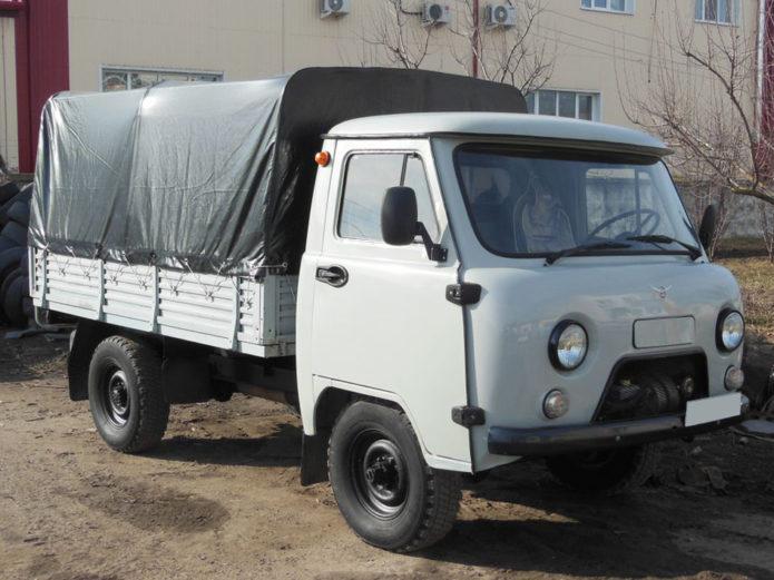 УАЗ-3303