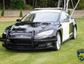 Полицейский Tesla