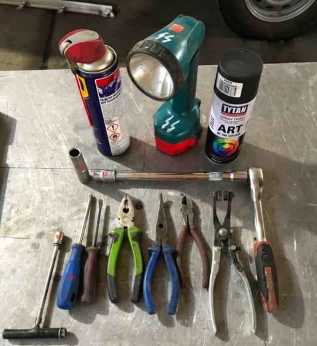 Инструменты для ремонта бензобака