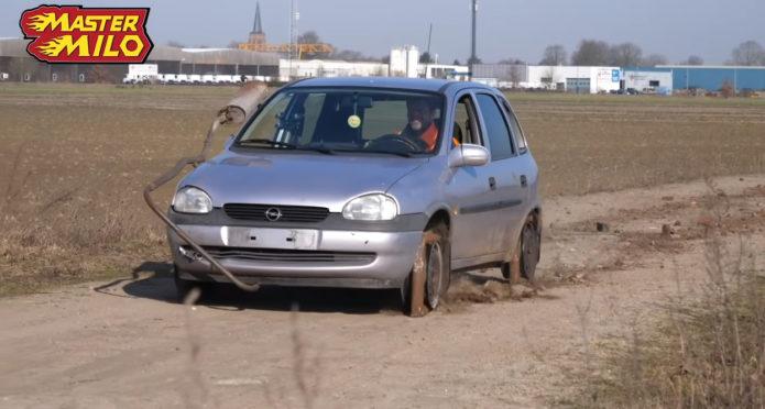 Opel на квадратных колёсах
