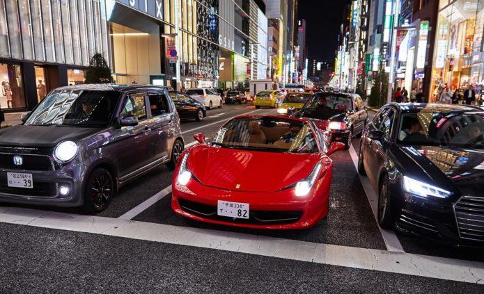 Машины на улице