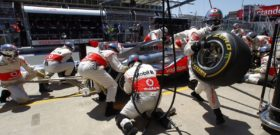 замена колес на Формуле 1