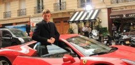Павел Воля в машине