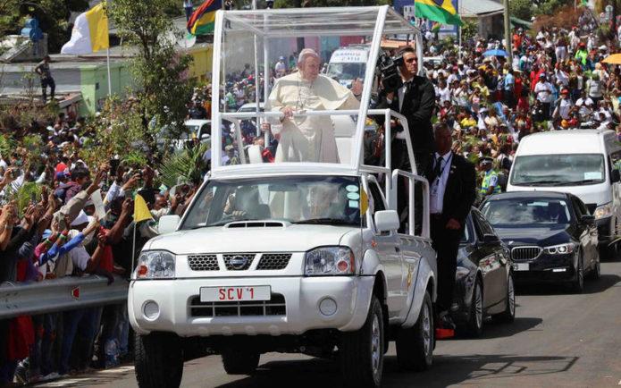 Пикап Папы Римского