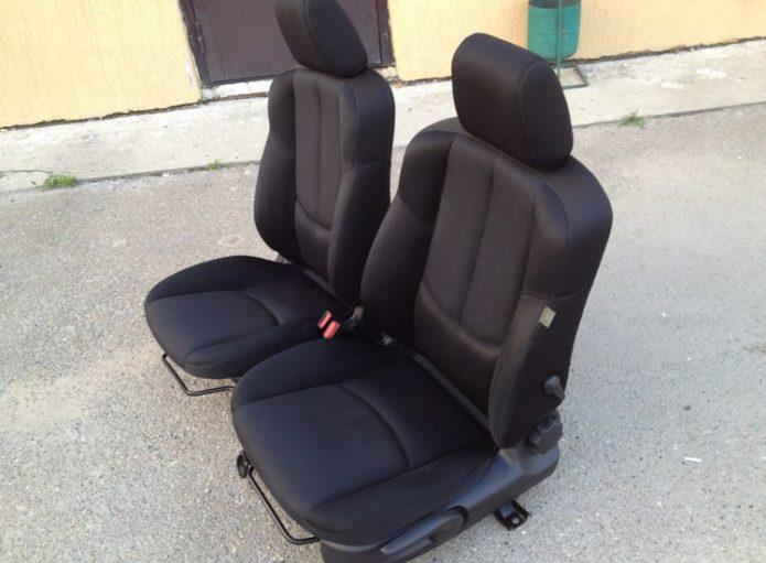 Сиденья с автомобиля Mazda 6